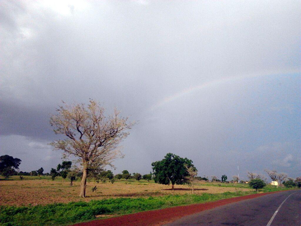 Regenboog Op Weg