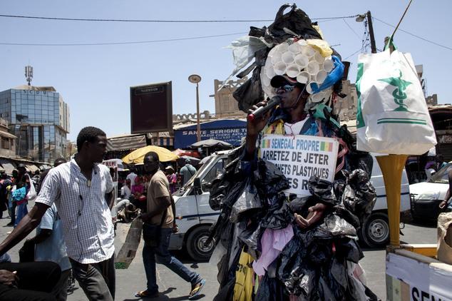 Plastic tas met uitsterven bedreigd